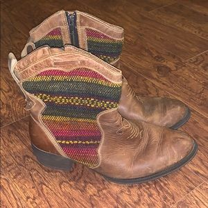 Women's Born Ankle Boots Leather/Multicolor Sz 10